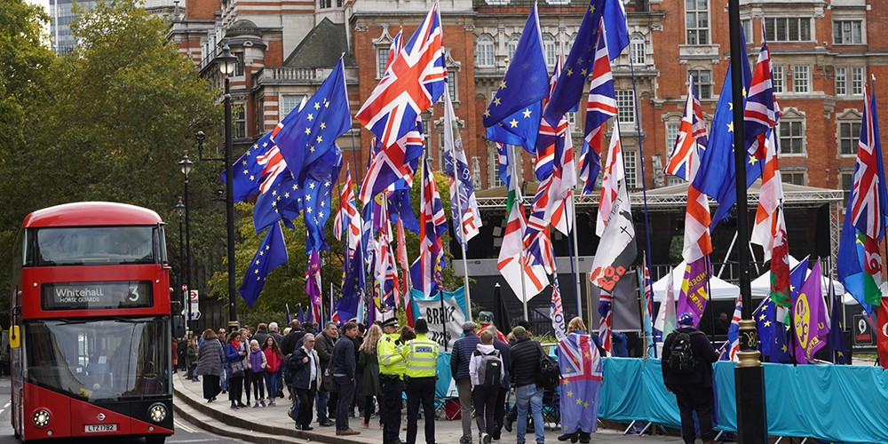brexit flags newweb