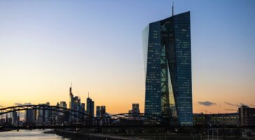 ECB pauses after easing sprint
