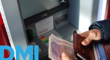 CBDCs and commercial banks: Evolution or Revolution?