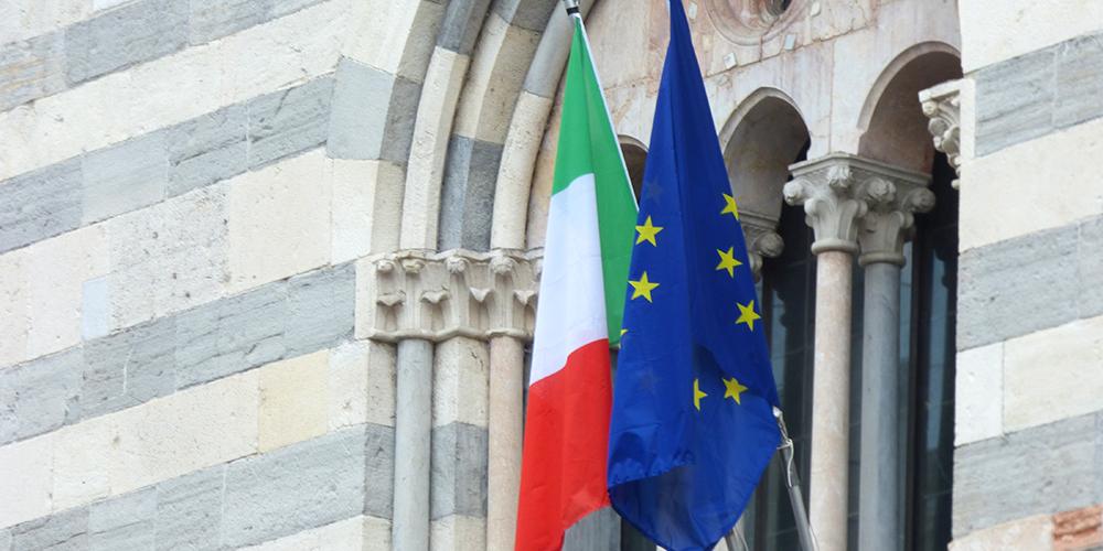 italy and eu flag newweb